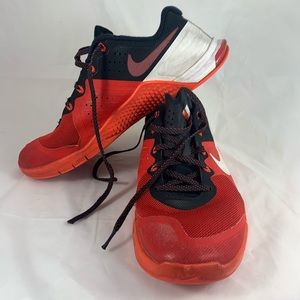 Nike Metcon 2 Training Shoe Red Size 9